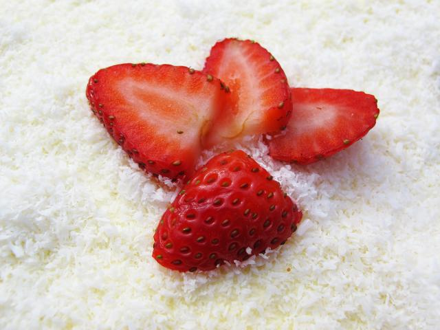 Strawberries-coconut-shutterstock