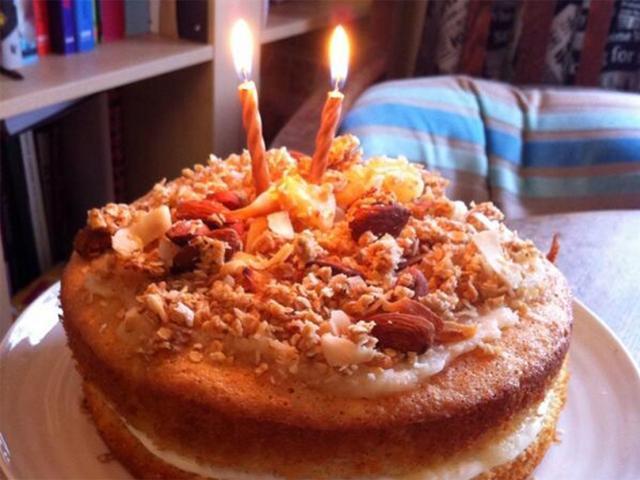Womens-health-tropical-birthday-cake-beca-lyne-perkis