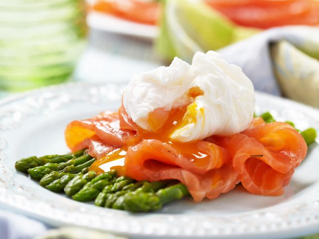 Poached egg asparagus salmon