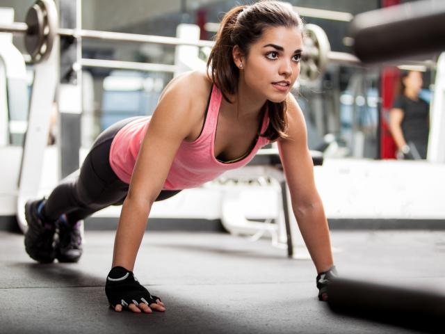 Woman ready to do a burpee