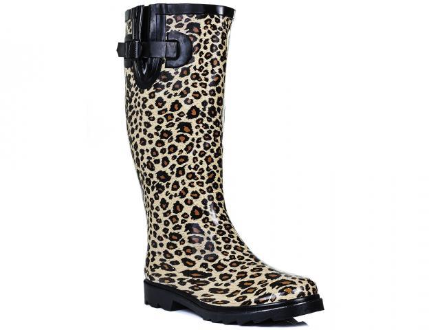 Spy-love-buy-leopard-print-wellies