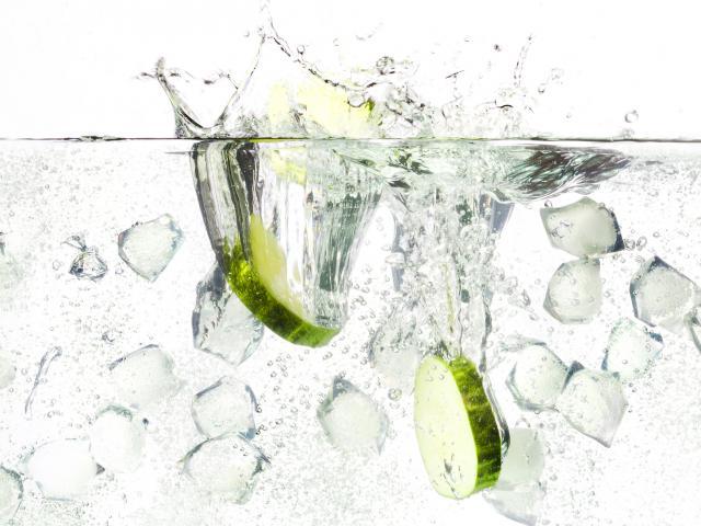 Gin-cucumber-ice
