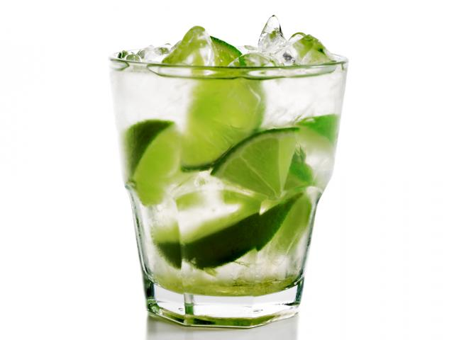 Clear-lime-cocktail