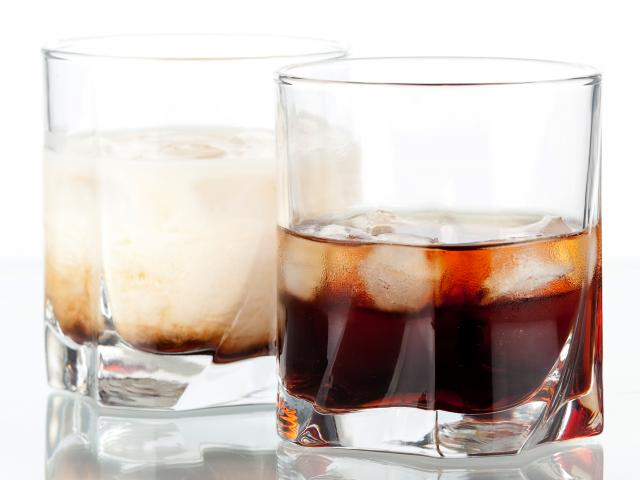 White-russian-cocktail