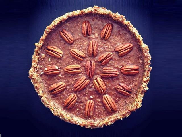 The Great Healthy Bake Off, Week 7: Raw Pecan Pie