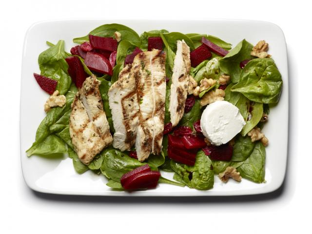 Chicken, goat's cheese and beetroot salad
