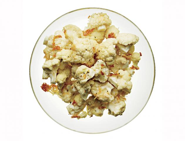 Cauliflower florets with parmesan - snack - issue 5