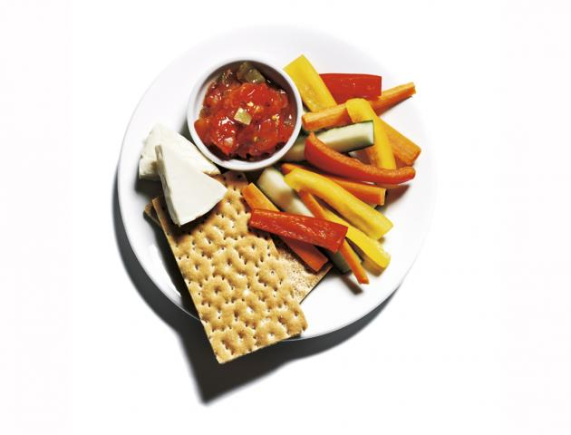 Crudites, salsa and cheese - snack - issue 1