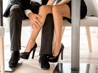 flirting moves that work eye gaze images like us meaning
