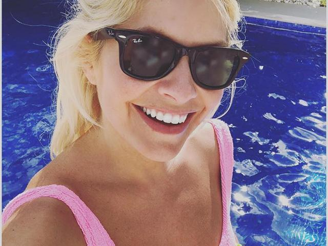 Holly willoughby pink swimsuit