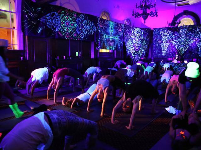 Yoga Raves The New Sober Yoga Dance Trend Of 2015 Women