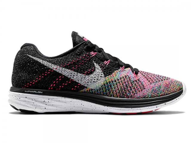Mothers edit - trainers nike-womens-flyknit-lunar-3