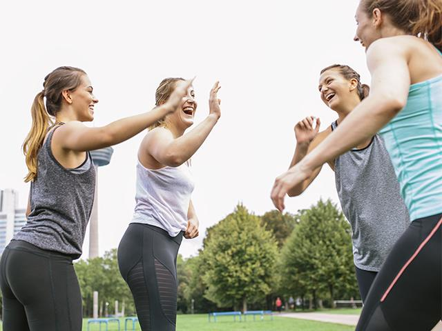 Friends working out- free ways to workout- womens health uk