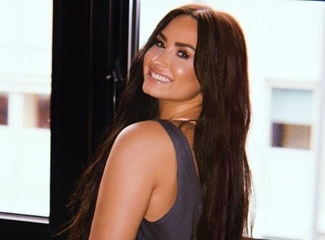 Demi Lovato Calls Out News Headline Commenting on Her 'Fuller Figure'