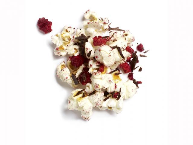 Raspberry and chocolate popcorn