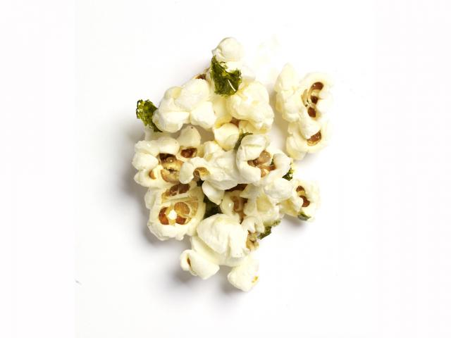 Seaweed nori popcorn