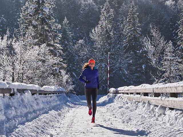 7 Easily Avoidable Mistakes People Make When Running In Winter - Women's Health UK