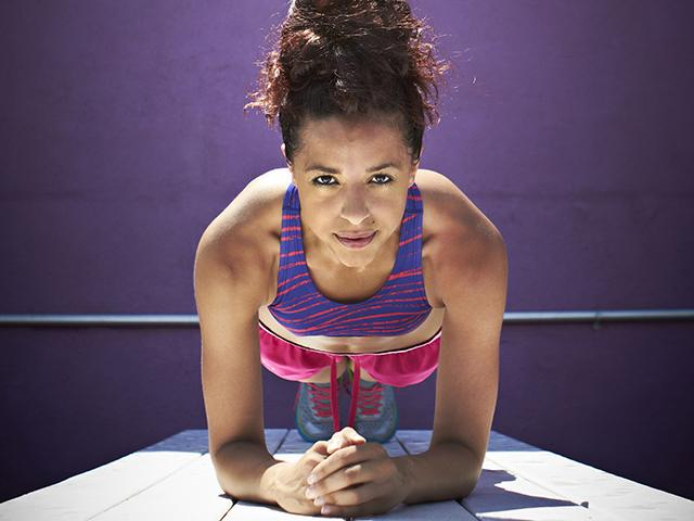 How to tell losing fat or water - woman plank - womens health uk