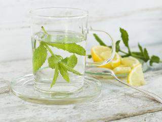 Water-hot-lemon
