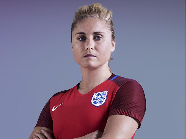 Steph houghton - england football - new kit - womens health uk