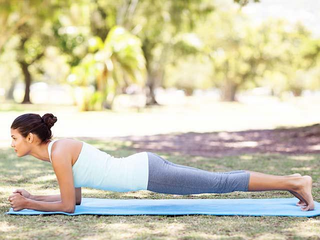 Post-pregnancy-plank