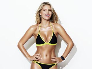 Natasha Oakley 16 Day Tone Up Hiit Amp Abs Women S Health