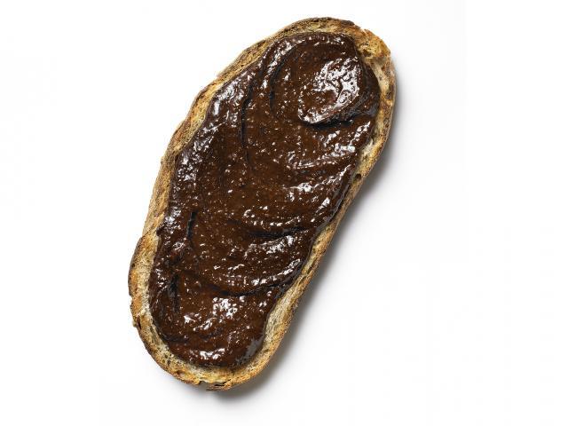 Skinny salted chocolate bread toast