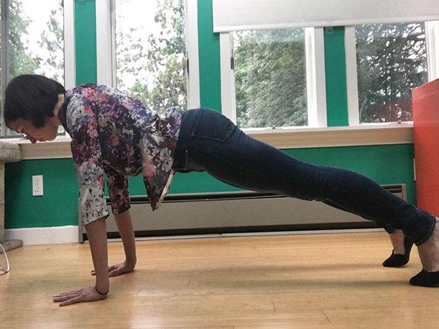 I took plank breaks at work every day for a month - first plank pic - womens health uk