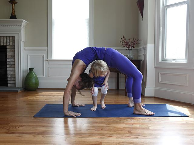 The sign that predicts how long youll stay fertile womens health mother daughter yoga fertile womens health uk malvernweather Image collections