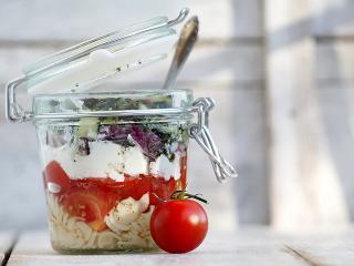Meal prep mistakes - jar salad - womens health uk