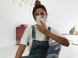Blogger Endometriosis - This Woman Is Showing What It's Really Like to Have Endometriosis - Women's Health UK
