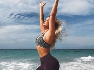 Fitness Blogger Before And After - This Fitness Blogger's Before-And-After Photos Prove That Nobody's Body Is Perfect - Women's Health UK