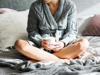 Bloat - Self-massage moves to beat the bloat - Women's Health UK