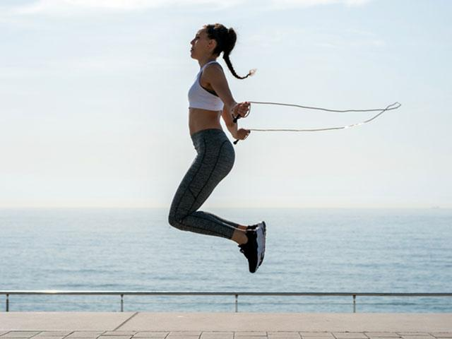5 Killer Skipping Exercises To Burn Fat and Tone Up - Women's Health UK