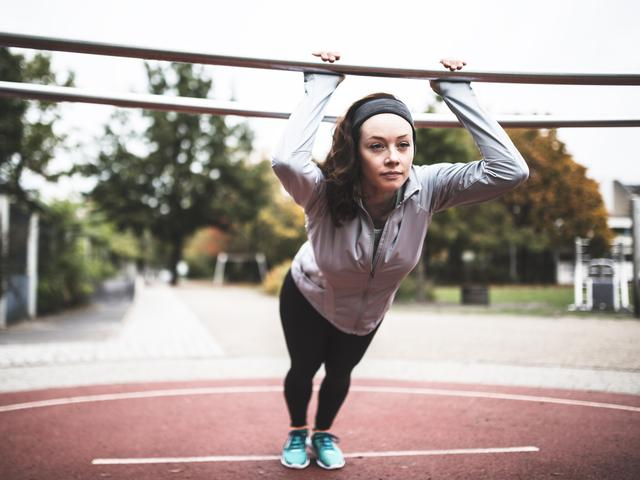 Calisthenics-workout-for-beginners-If You're Looking To Build Strength, Try This Beginner's Calisthenics Workout-Women's Health UK
