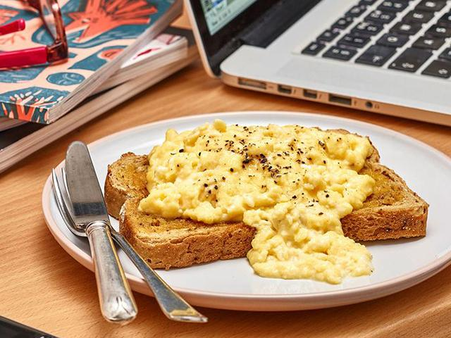 Iceland-scrambled-eggs-1537352807